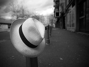 Waiting for a Drop  - © Janko Belaj