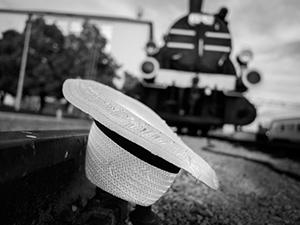 Under the Train  - © Janko Belaj
