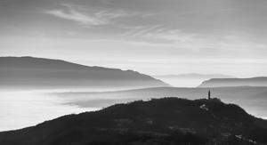 Svitanje iza Pićna  - © Janko Belaj